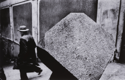 Guided tour of the exhibition Antonín Kratochvíl: Photo Essays with Pavlína Vogelová (cs)