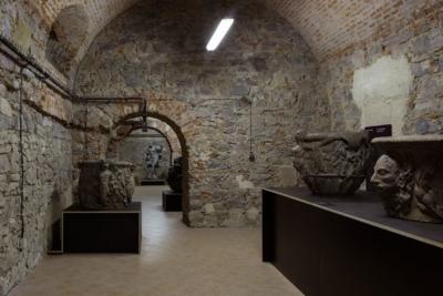 Struktura akámen – workshop pro děti srodiči namateřské arodičovské dovolené / kvýstavě Kamenné poklady pražských zahrad