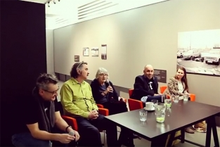 Dokumentování performance – debata kvýstavě Vladimír Ambroz: Akce