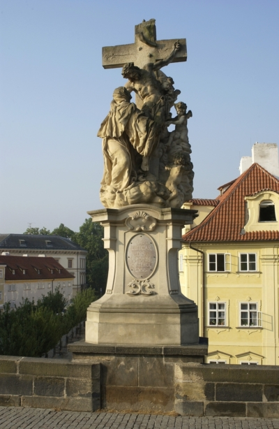Sv. Luitgarda – stav před restaurováním, Karlův most