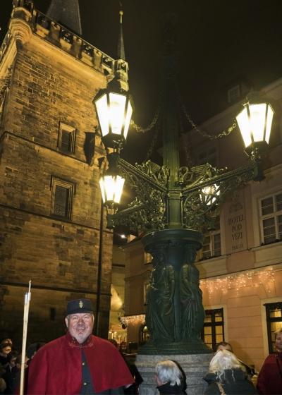 Komentovaná procházka pod plynovými lampami