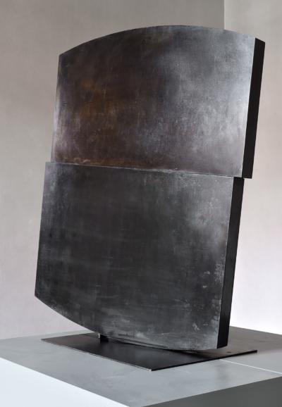 Stanislav Kolíbal, Vratká poloha, 1968, kov, 119×115×10 cm