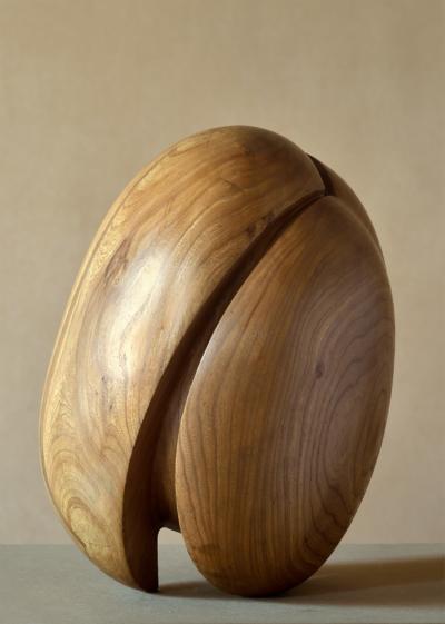 Hana Wichterlová, Jádro, 1976, dřevo, 40×25×25 cm