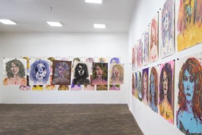 Výtvarná dílna pro dospělé aseniory: Malba autoportrétu I/ kvýstavě Erika Bornová: Šílenství je stráž noci