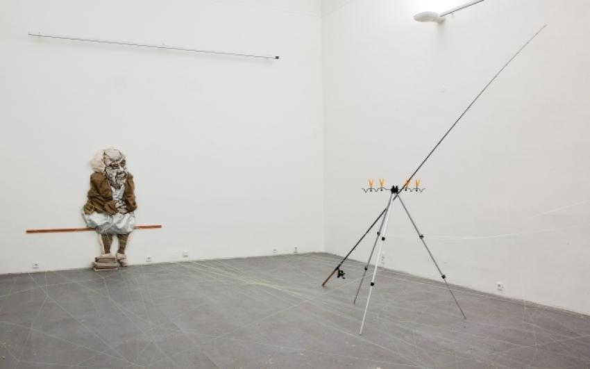 pohled do výstavy Petr Dub: Kustodka, Dům U Zlatého prstenu 2011, foto Tomáš Souček