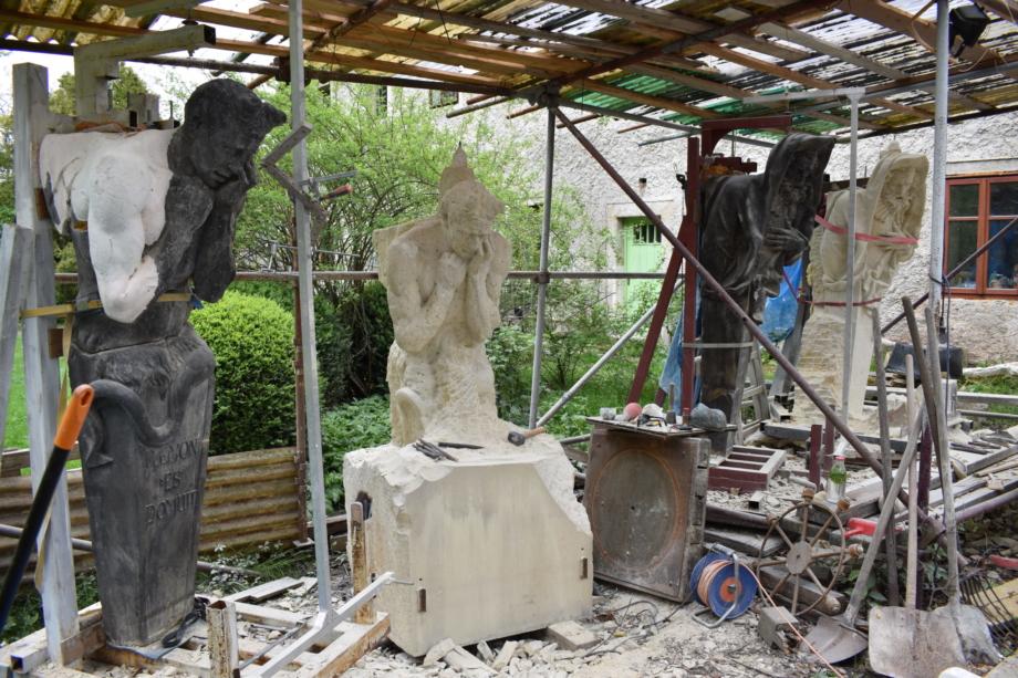 sousoší sv. Vincence Ferrerského a sv. Prokopa – během rekonstrukce