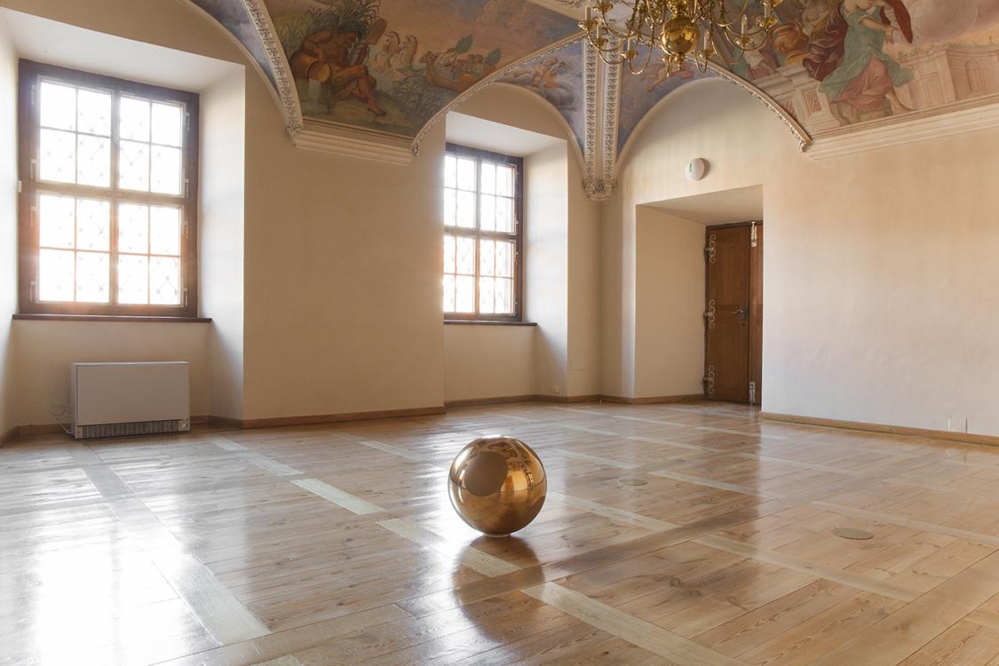 pohled do výstavy Vladimír Škoda: Harmonices Mundi / Johannes Kepler, Zámek Troja, 2018. Foto Barbora Fastrová