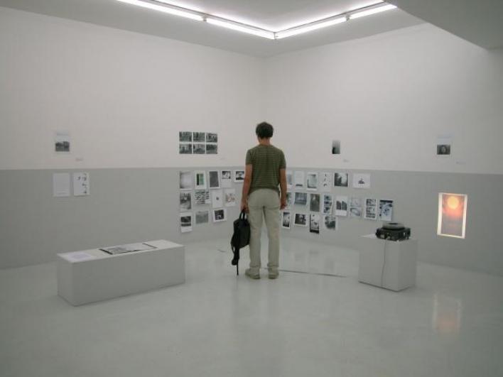 pohled do výstavy Jiří Kovanda proti zbytku světa, Dům fotografie 2014. Foto Tomáš Souček