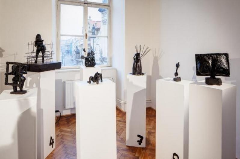 pohled do výstavy Tomáš Roubal: Worstseller, Colloredo-Mansfeldský palác 2014. Foto Tomáš Souček