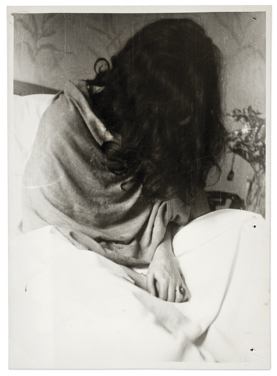 Frida v nemocnici v New Yorku, Nickolas Muray, 1946. © Muzeum Fridy Kahlo