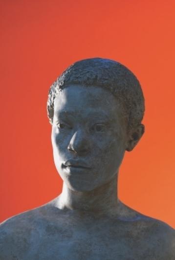 Sádrová hlava afrického muže – originál socha od F. V. Foita (1948)