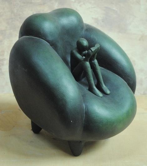 Jaroslav Róna, Reader in the chair, 2012, bronze