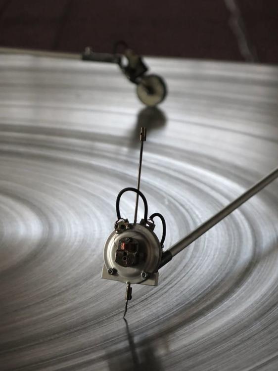 pohled do výstavy Zvuky / Kódy / Obrazy – Akustický experiment ve vizuálním umění, Dům U Kamenného zvonu, 2019. Foto Tomáš Souček