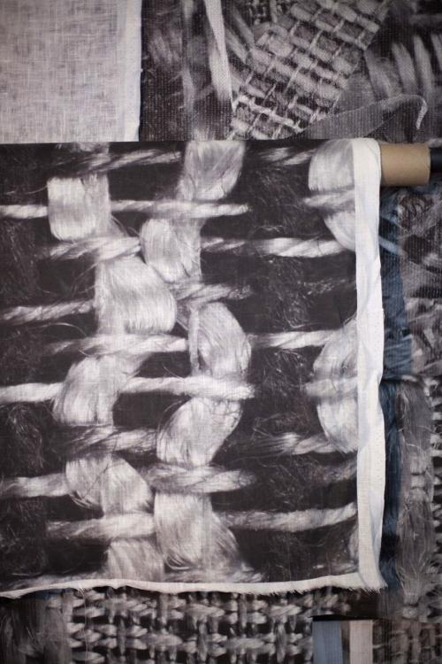detail objektu Romana Štětiny z výstavy Předmluva, Colloredo-Mansfeldský palác, piano nobile, 2018. Foto Jiří Thýn