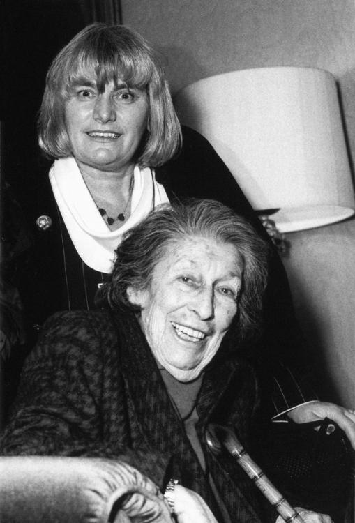 Gisèle Freund a Margarethe Murtfeld ve Frankfurt nad Mohanem, 1996. Foto Gisèle Freund/IMEC/Fonds MCC