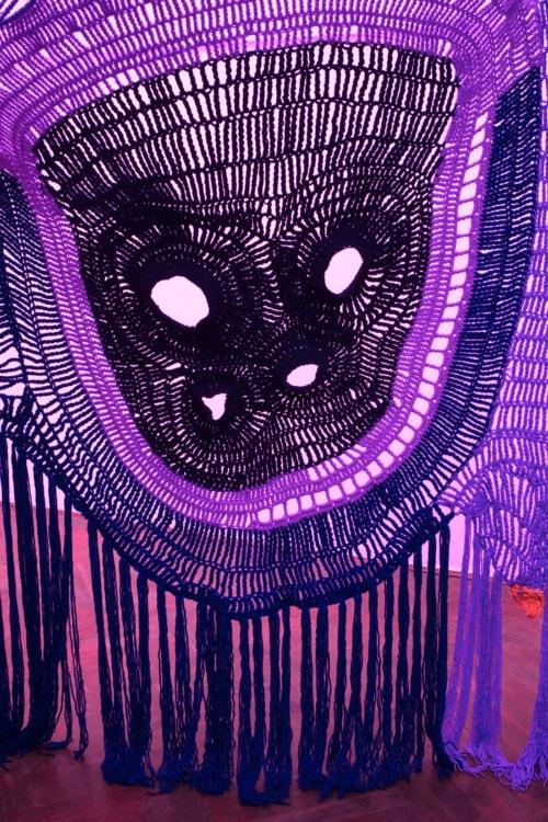 pohled do výstavy Marie Tučková, Episode One: Bunny's Departure, Colloredo-Mansfeldský palác, kočárovna, 2018. Foto Tomáš Souček