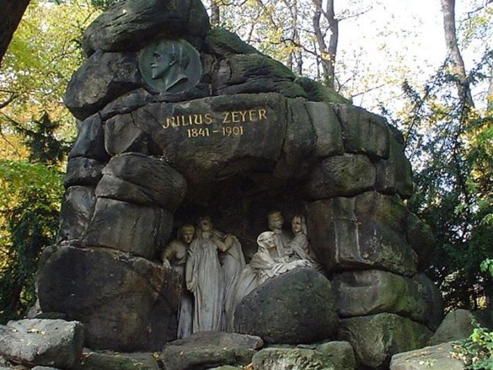Josef Maudr, Pomník Julia Zeyera, odhalen 1913, Chotkovy sady