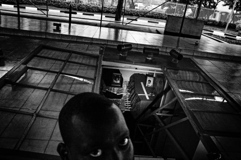 Antonín Kratochvíl / 400 ASA, Rwanda, 2017