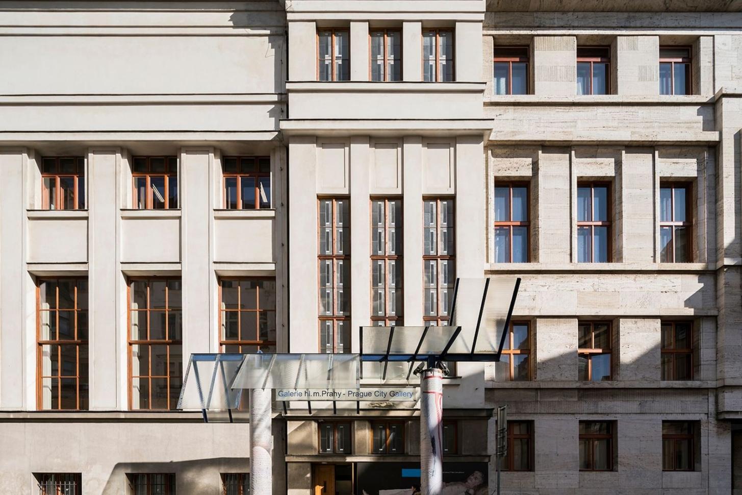 Municipal Library of Prague, 2nd floor . Photo by Studio Flusser