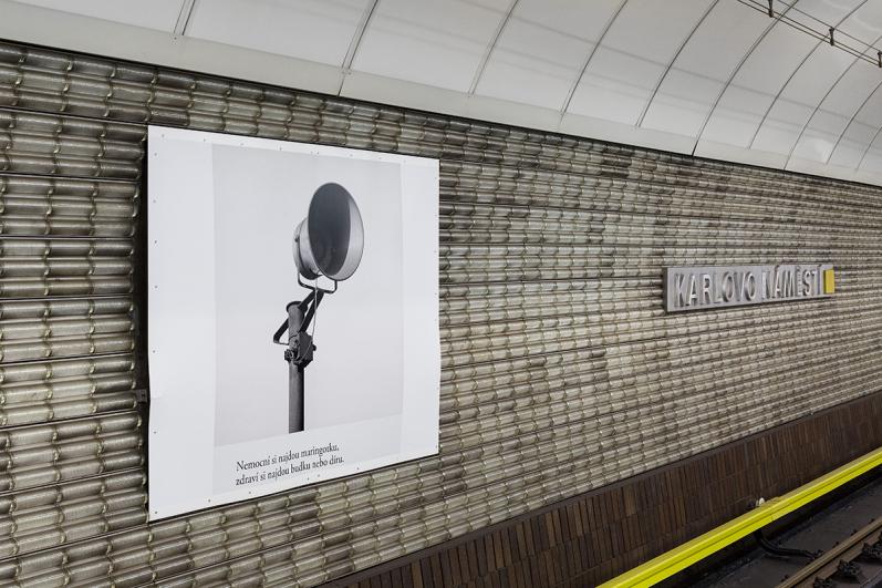 exhibition in the Metro station / Umění za čarou (Line Art), 2020