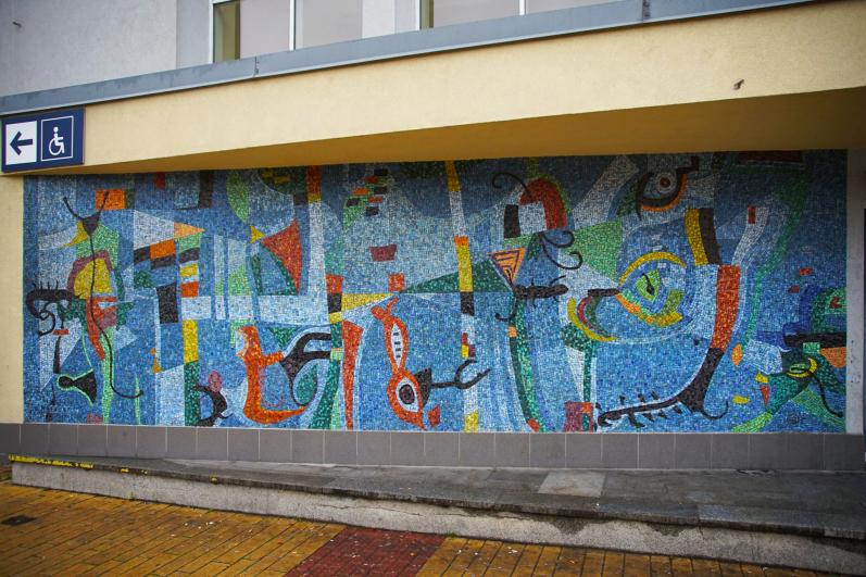 Bohumír Matala, Život na mořském dně, skleněná mozaika, vlakové nádraží Žďár na Sázavou