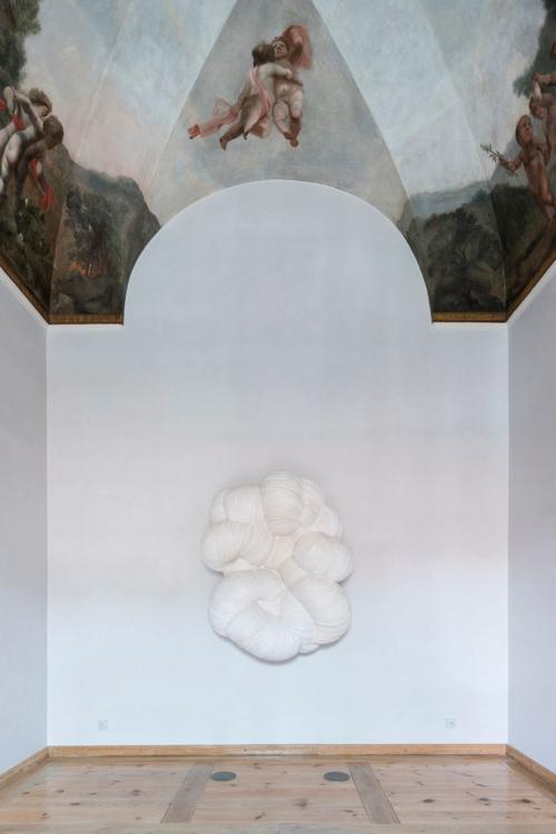Jan Kovářík: Colorbond exhibition, Troja Château, 2020. Photo by Studio Flusser – Zdeněk Porcal