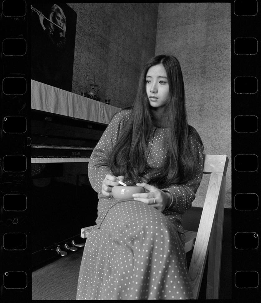 Xiao Quan, Yi Zhinan, singer, 1990, Chengdu