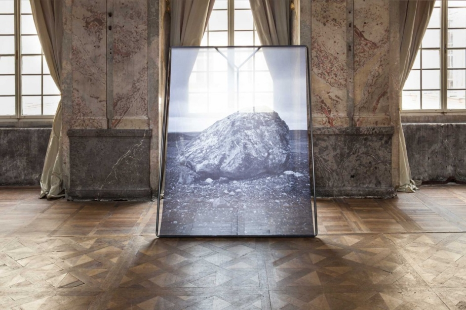 view to the exhibition Alena Kotzmannová: The Rabbit and the Queen, Colloredo-Mansfeld Palace, 2016. Photo by Alena Pleslová